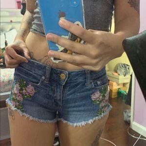 Cute flower shorts 🌸🌸